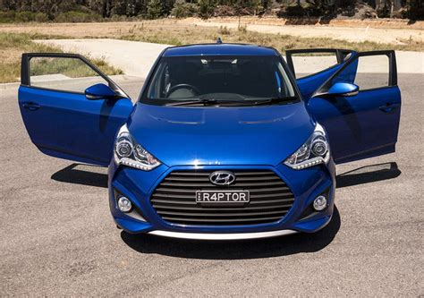 hyundai veloster raptor review   hot box