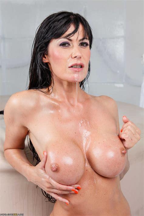 Watch Eva Karera Busty Porn In Hd Fotos Daily Updates