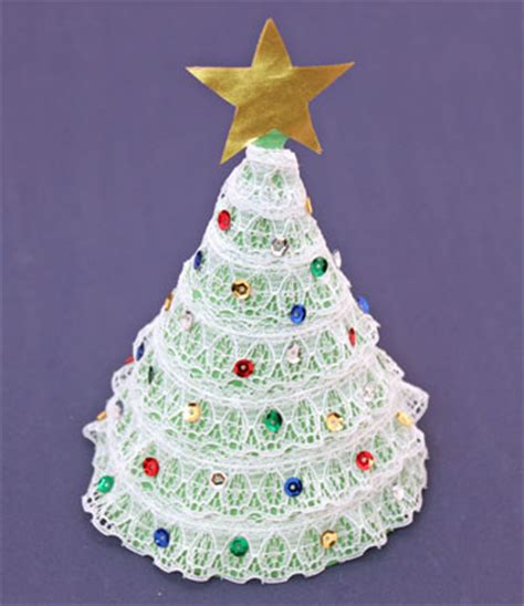 construction paper christmas crafts funezcrafts easy crafts construction paper tree