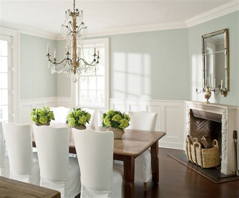 benjamin aura and advance paints in dining room