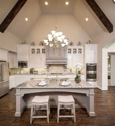 Country Ceiling Ideas by Best 25 Cathedral Ceilings Ideas On Grey