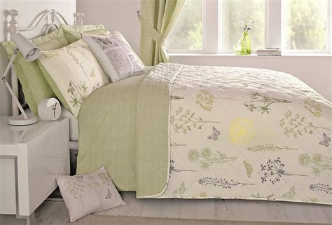 Botanique Green Reversible Flower Quilt Duvet Cover & Pillowcase Bedding Set Screen Door Curtain Magnetic White Linen Curtains 96 Hanging With Clip Rings Silk Ready Made Big Red Gray Sheer Panels Decorative Wood Rods Ideas Bay Window
