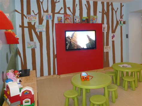 Playroom Decorating And Design Idea Pictures