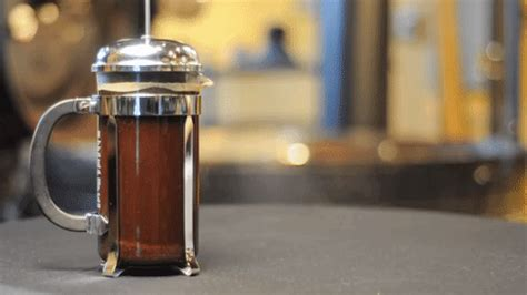 The perfect housewarming gift for any caffeine addict. DIY Coldbrew Coffee That's Better Than Starbucks - Women.com