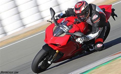 2018 Ducati Panigale V4 First Ride Review