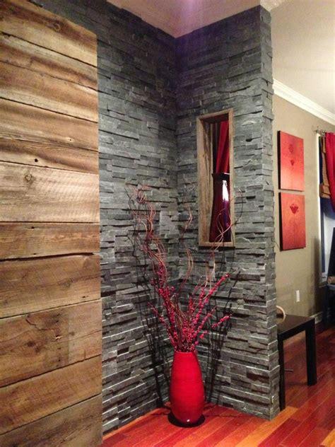 mur en bois de grange  ardoise deco bois de grange
