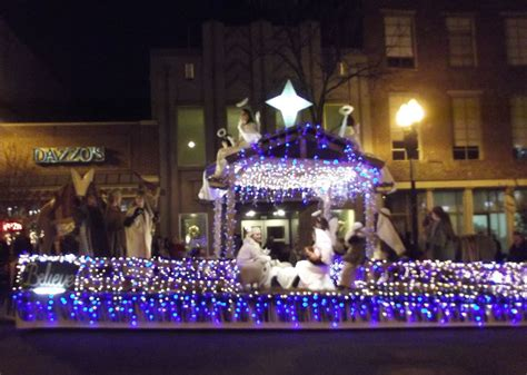 christmas floats inside of knoxville