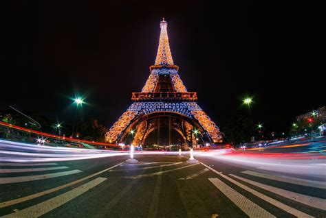 Eiffel Tower Background Eiffel Tower Wallpapers Backgrounds