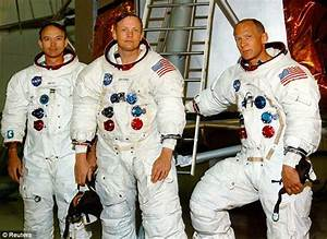 Neil Armstrong to be buried at sea because of his service ...