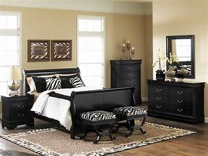 Making an amazing bed room with black bedroom furniture ...