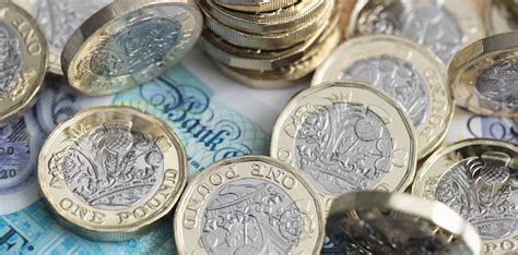 Sterling finds a more solid base for 2018 - Foreign ...