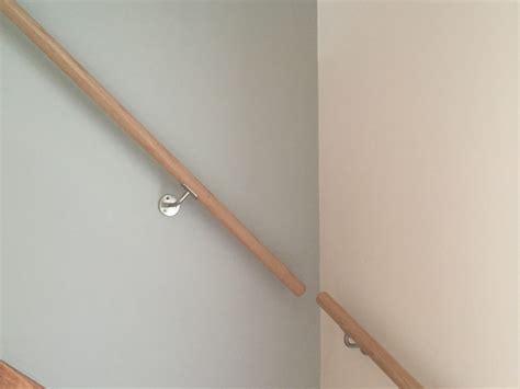 Treppe Handlauf Holz by Handlauf F 252 R Ihre Treppe Aus Edelstahl Eiche Jatoba
