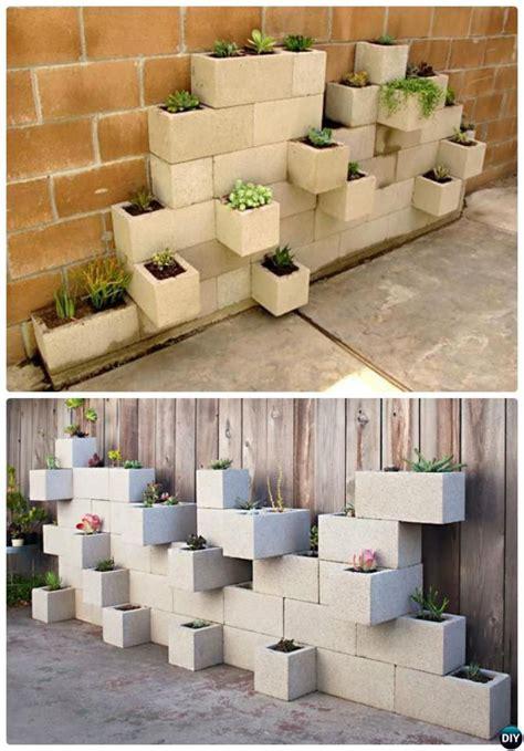 idees de decoration exterieur  faire avec des blocs de