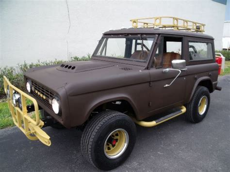 jeep bronco white bronco broncos pinterest broncos