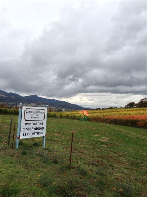 wine valley tasting vineyards rogue
