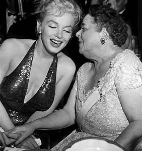 Marilyn Monroe Maße : no place for normal new york 170 elsa and the duchess ~ Orissabook.com Haus und Dekorationen