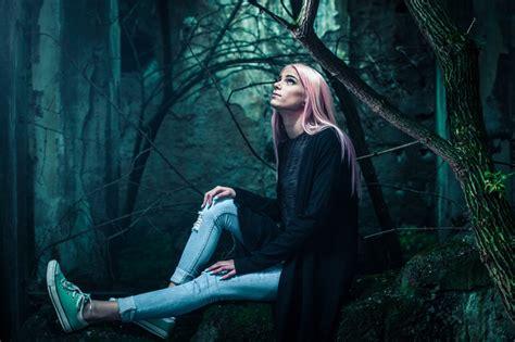 gambar hutan wanita gelap kegelapan tengah malam