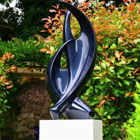 modern garden statues  sculptures httplometscom