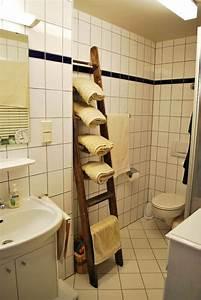 Serviette De Bain : le porte serviette de salle de bain ~ Teatrodelosmanantiales.com Idées de Décoration