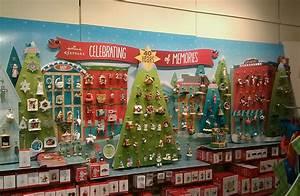 Hallmark, Store, Christmas, Ornament, Display