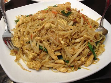 rice noodles singapore fried rice noodles recipe recipe dishmaps