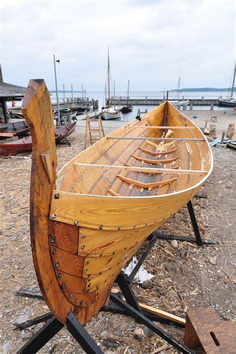de  bedste ideer inden  viking ship pa pinterest