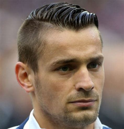 soccer player haircuts  update