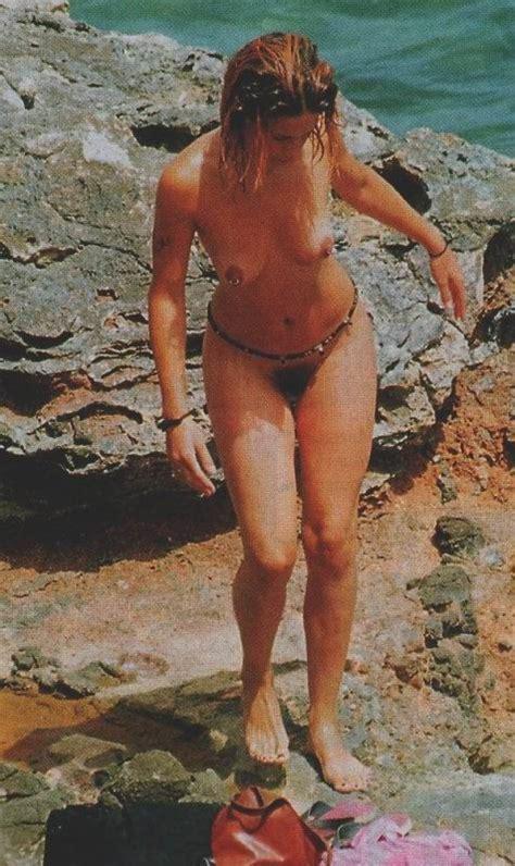 Silke Hornillos P Gina Fotos Desnuda Descuido Topless Bikini Gallery