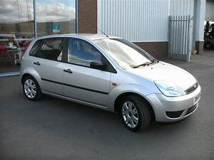 Ford Fiesta 2006 Style Review