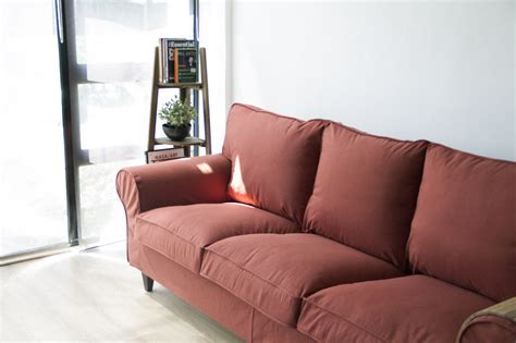 How To Cover Sofa by How Much Do Slipcovers Cost The Ultimate Guide