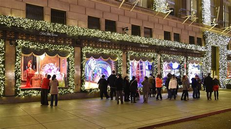 the best holiday shopping windows of 2014 today com