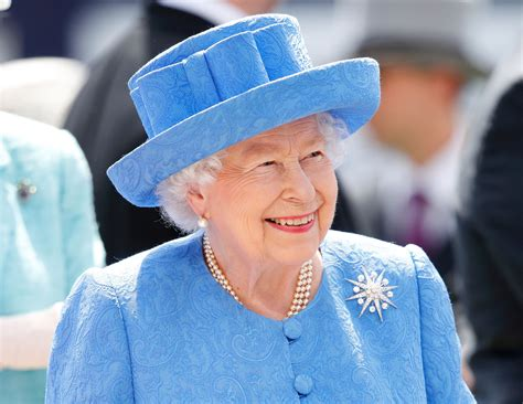 Queen Elizabeth Celebrates Birthday With Royal Family Zoom Video Party | Observer