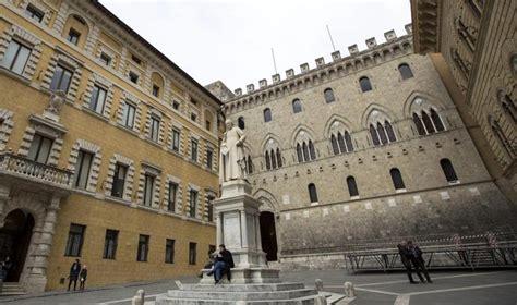 Sede Monte Dei Paschi Di Siena Nessuna Consiglia Mps Ma Per Tutte Vale Il 53 In