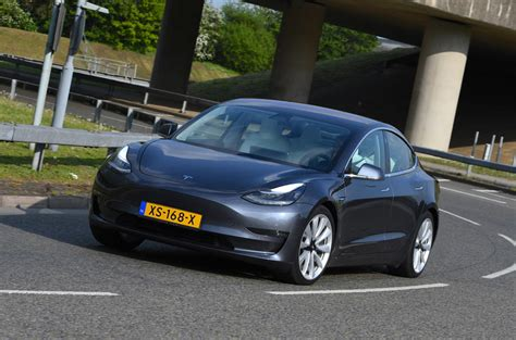 View New Tesla 3 Uk PNG