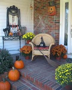Top 17 Halloween Front Porch Decor – Unique & Easy Holiday