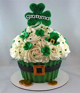 Luck O The Irish To Ya!! - CakeCentral com