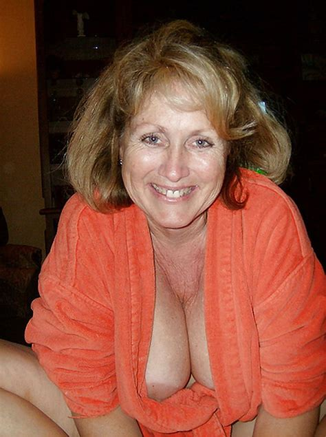 amateur milf pictures sexy wife
