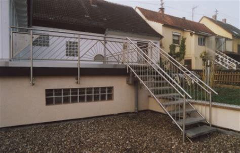 geländer für terrasse gel 228 nder edelstahlgel 228 nder als balkongel 228 nder mit einer