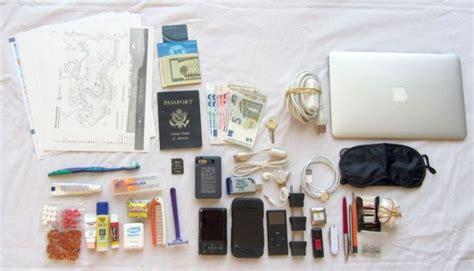 packing light for travel traveling light packing tips for the 21st century