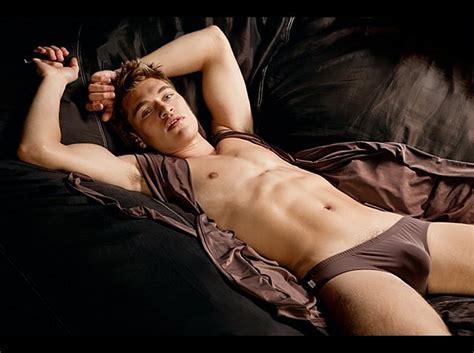 Hot Men In Their Pants Fantastic Bulge