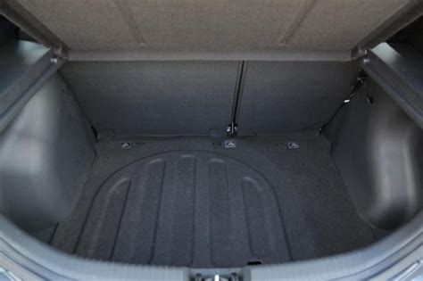 Hyundai Accent Trunk Space by Hyundai Accent Trunk Space The Gallery For Gt Hyundai