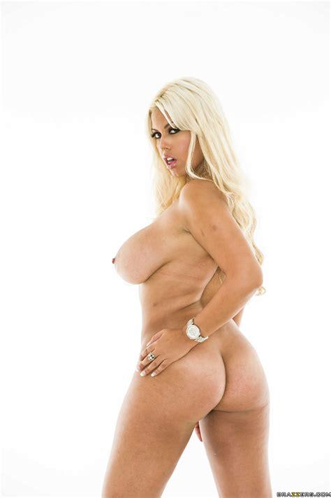 Smoking Hot Blonde Is Getting Naked Photos Bridgette B Will Powers Milf Fox