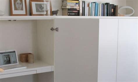 petit bureau ordinateur un bureau discret et beaucoup de rangement bidouilles ikea