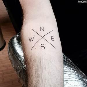 Tatouage Simple Homme : top 60 des plus beaux tatouages minimalistes ~ Melissatoandfro.com Idées de Décoration