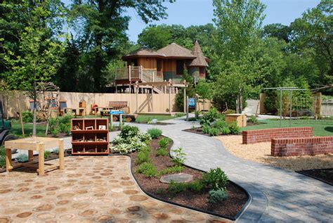 hasbros  big backyard roger williams park zoo