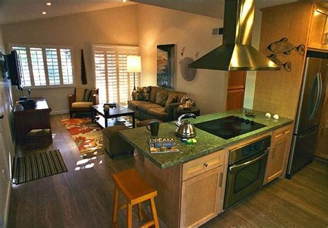 kitchen living room design ideas how to decorate a kitchen that 39 s also part of the living room