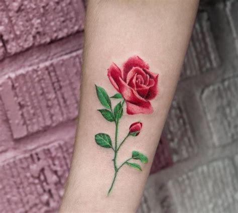 melhores ideias sobre tatuagem de rosa  braco