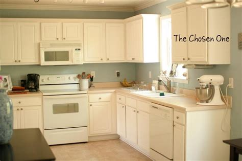 small modern kitchen remodel ideas  white cabinets