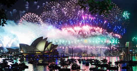 How To Toast The New Year In 19 Different Countries | HuffPost