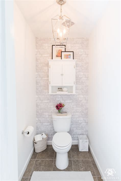 How To Decorate A Water Closet Decoratingspecialcom